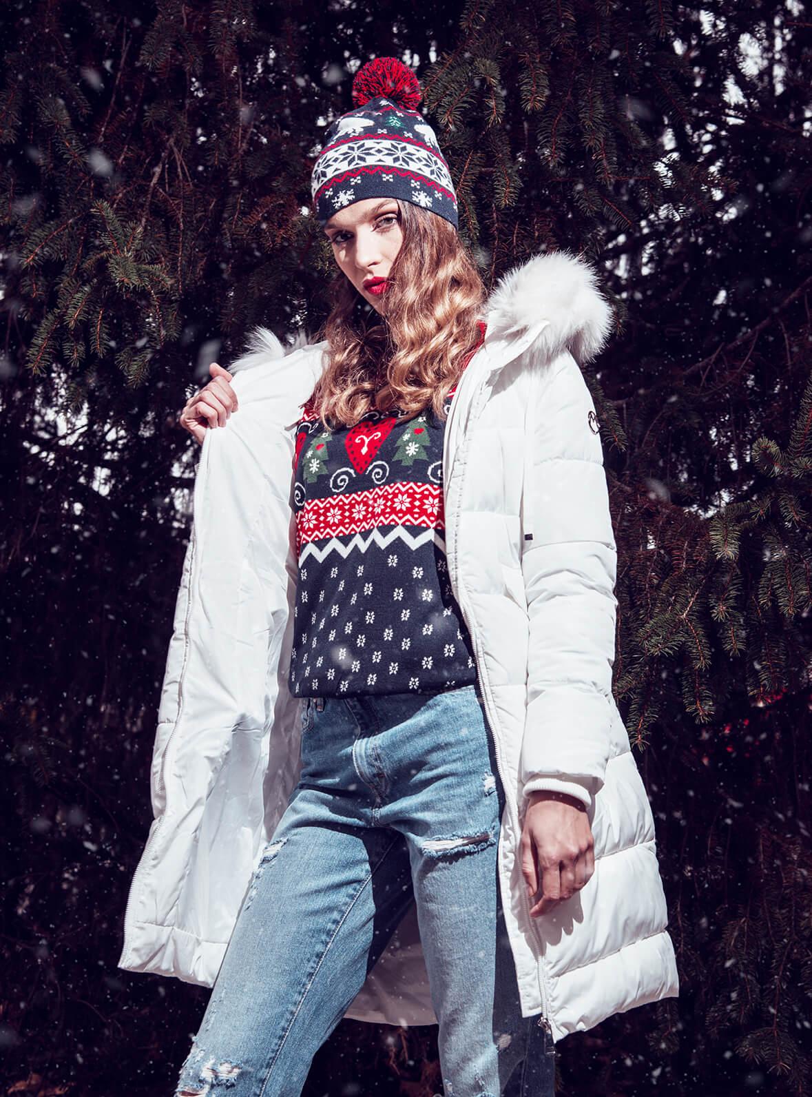 Marx jakna 10399 rsd / Marx džemper 4999 rsd / Only jeans 4999 rsd / Marx kapa 3299 rsd