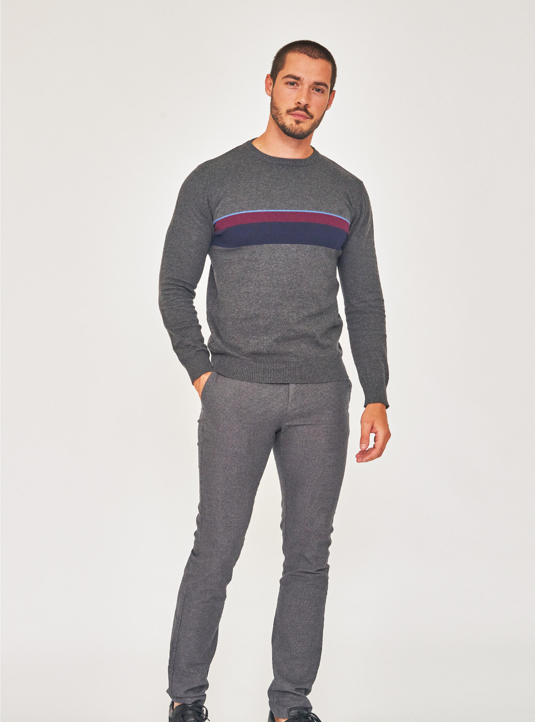 Marx hlače 319 hrk -50%; Marx pulover 239 hrk -50%;