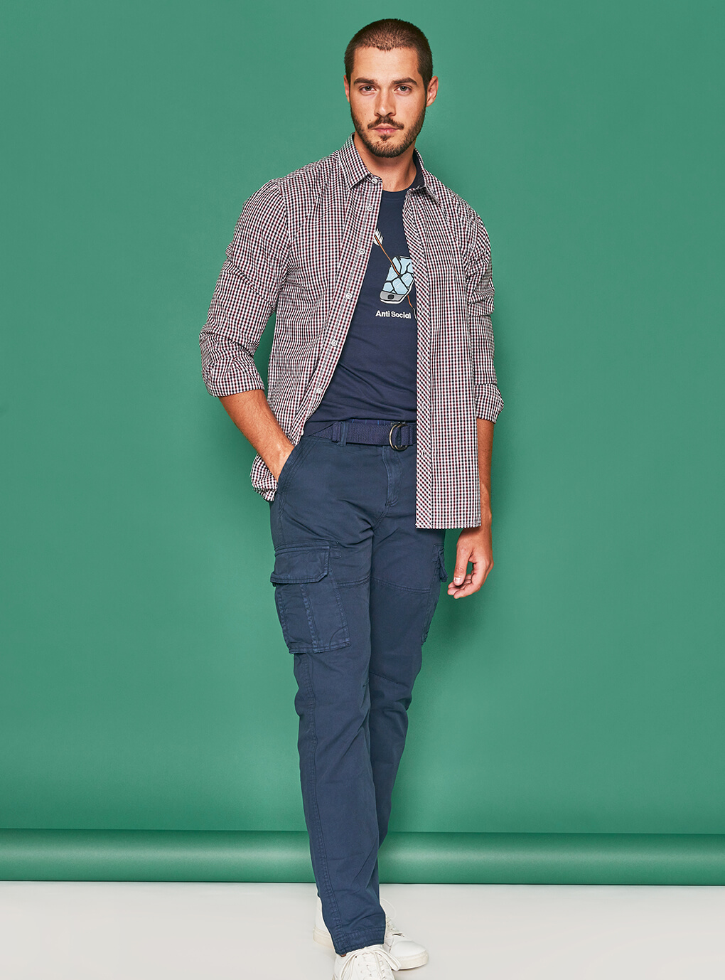 Jack & Jones majica antisocial  109 kn Marx košulja 239 kn  Marx hlače 399 kn